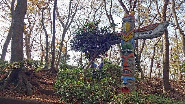 7子供の森のトーテムポール