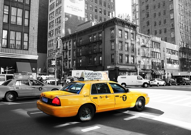 taxi-988348_640.jpg