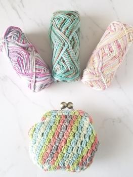 ストライプ玉編みのがま口2