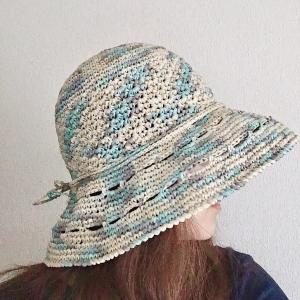 ワイドブリムの帽子1