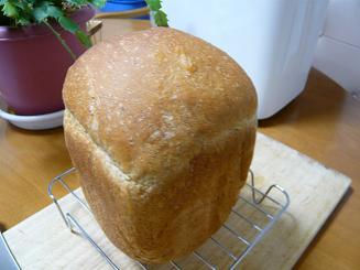 ゴマ食パン