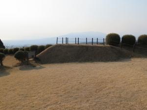 山中城/47すり鉢曲輪見張台.jpg