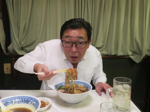 「むつみ食堂:最後のラーメン・かつラーメン・餃子」③
