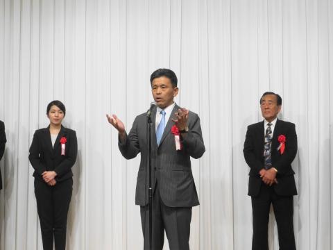 「岡田 広君の参議院自民党議員副会長就任を祝い、更なる活躍を期する会」④