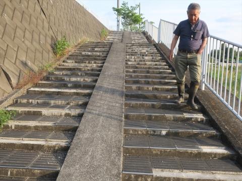 「北小の子供達の通学路の階段を直そう!」 (5)_R
