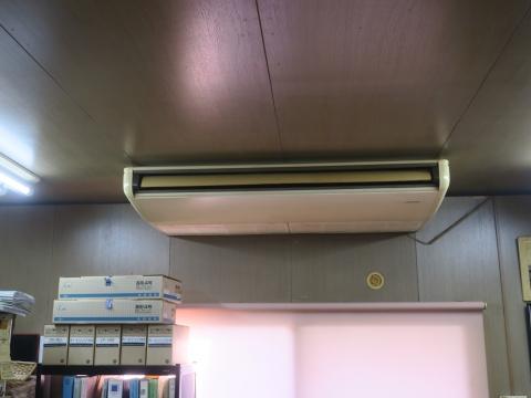 「事務所の気温が、34℃になってしまいました!」③