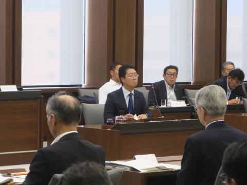 「予算特別委員会」①