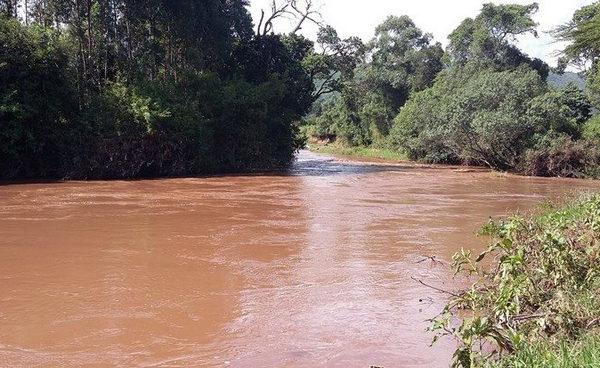 ケニアの川