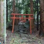 13:32 稲荷神社?