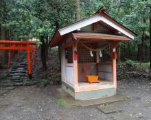 13:33 山神神社
