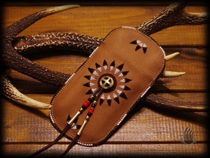Beaded Feather Bonnet Smartphone Pouch 1 logo ver