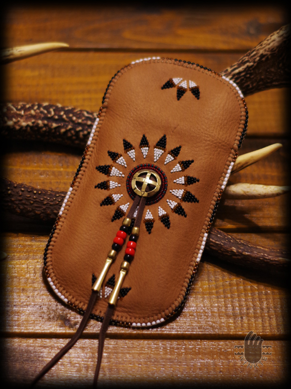 Beaded Feather Bonnet Smartphone Pouch 5 logo ver